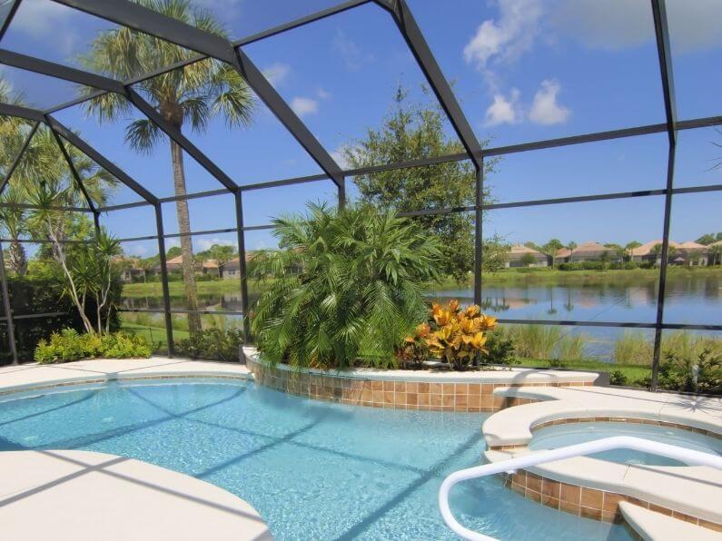 Choosing a Pool Enclosure Screen Material